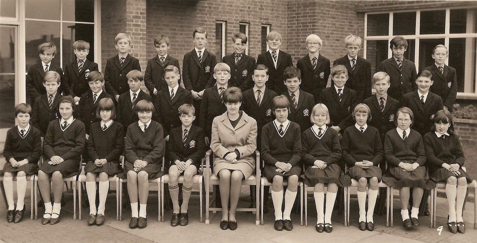 Withernsea High School 1966 class 1B