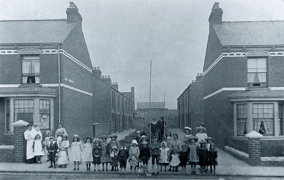 Leo Terrace, Withernsea