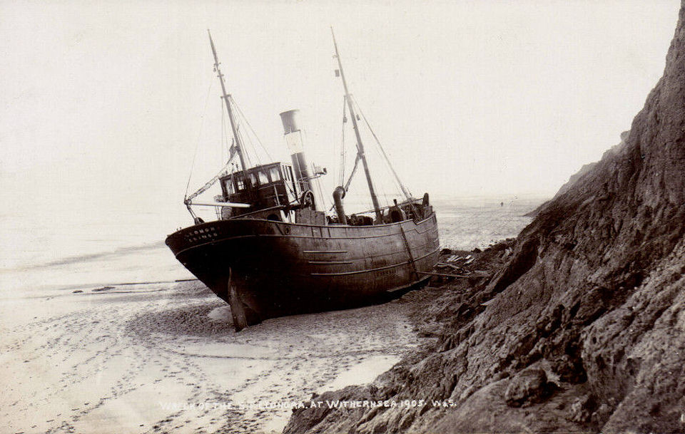 Leonora ashore at Withernsea 1905