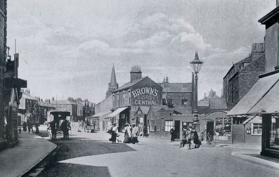 Queen Street Withernsea with Jubilee Lamp